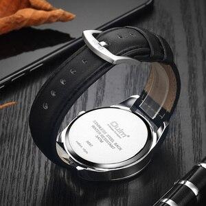 Image 5 - OULM moda biznes Oversize zegarek mężczyźni zegar kwarcowy z cyframi rzymskimi czerwony Dial skórzany pasek klasyczne męskie zegarki Top marka luksusowe