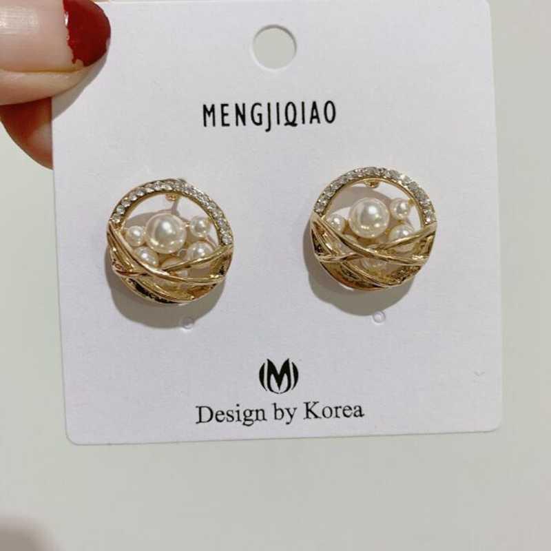 Pendientes coreanos de 2019 Pendientes de perlas simuladas de boda para novias joyería de oreja de cristal Pendientes de flores elegantes Brincos