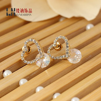 The new Korean fashion lady full of crystal crystal earrings earrings creative heart earrings alloy electroplating