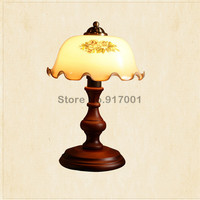 American style dimmable LED table lamp American bedroom bedside lamp British Vintage solid wood table lamp