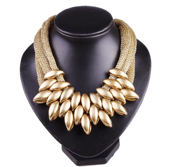 Acrylic Waterdrop Pendant Close Knit Multilayer Twist Chain Chunky Choker Necklace
