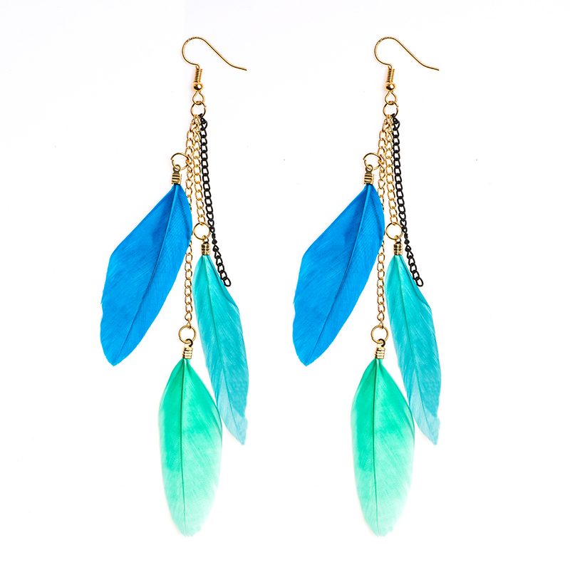 QCOOLJLY 17 Colors 2019 New Women Earrings Long Colored Feather Drop Earring For Lady Girls Boucles d'oreilles pour femmes