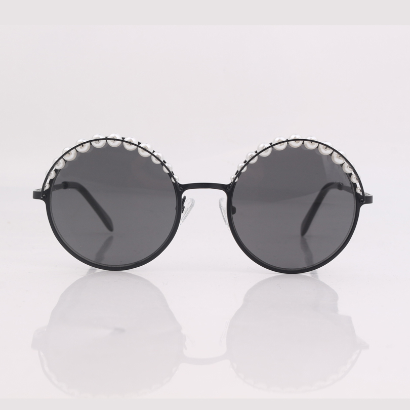 Image 4 - high quality round frame women sunglasses with pearls ,grey lens women sunglasses-in Women's Sunglasses from Apparel Accessories