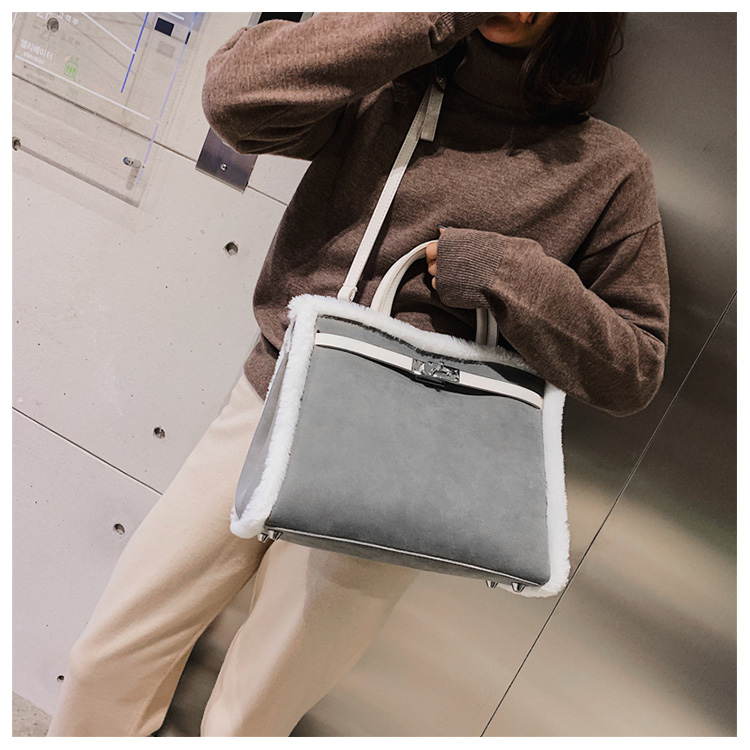 Korean handbag large capacity bucket hand bag designer big tote designer Fur women messengerc winter shopping wool no lock 91