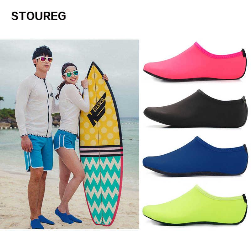 Erkekler Kadınlar su ayakkabısı Yüzme Ayakkabı Düz Renk Yaz Aqua plaj ayakkabısı, Sahil Sneaker Çorap terlik Erkekler Için, zapatos hombre