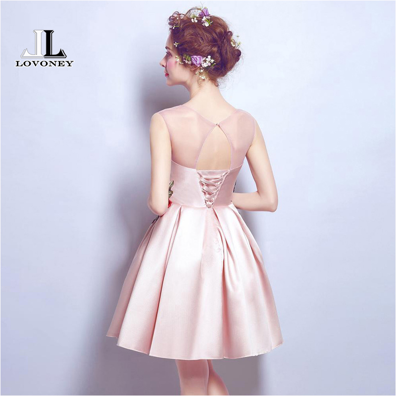 LOVONEY M203 New Design Sexy Open Back A Line Short Prom Dresses 2019 Formal Party Dress Vestido De Festa Curto-in Prom Dresses from Weddings & Events    2