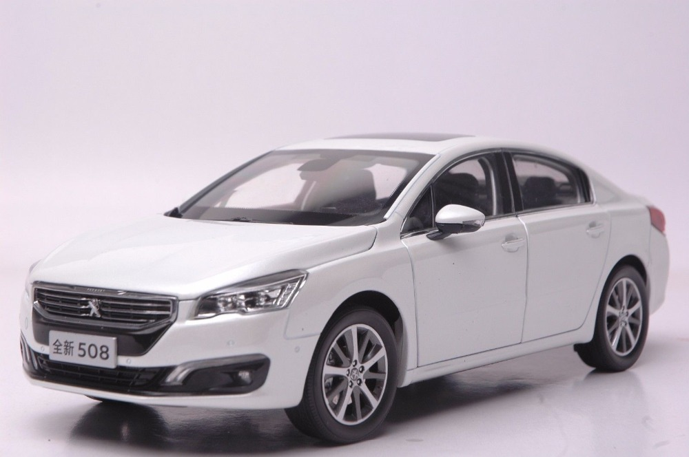 1:18 Diecast Model for Peugeot 508 2015 White Alloy Toy Car Collection new 1 18 infiniti q50 q50s 2015 white diecast model cars hot selling alloy scale models limited edition