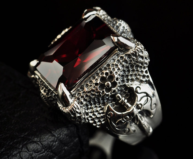 925 Sterling Silver Retro China Dragon Ring Claw Men Thai Silver Fine Jewelry Gift Red Garnet & Black Agate Finger Ring CH023605