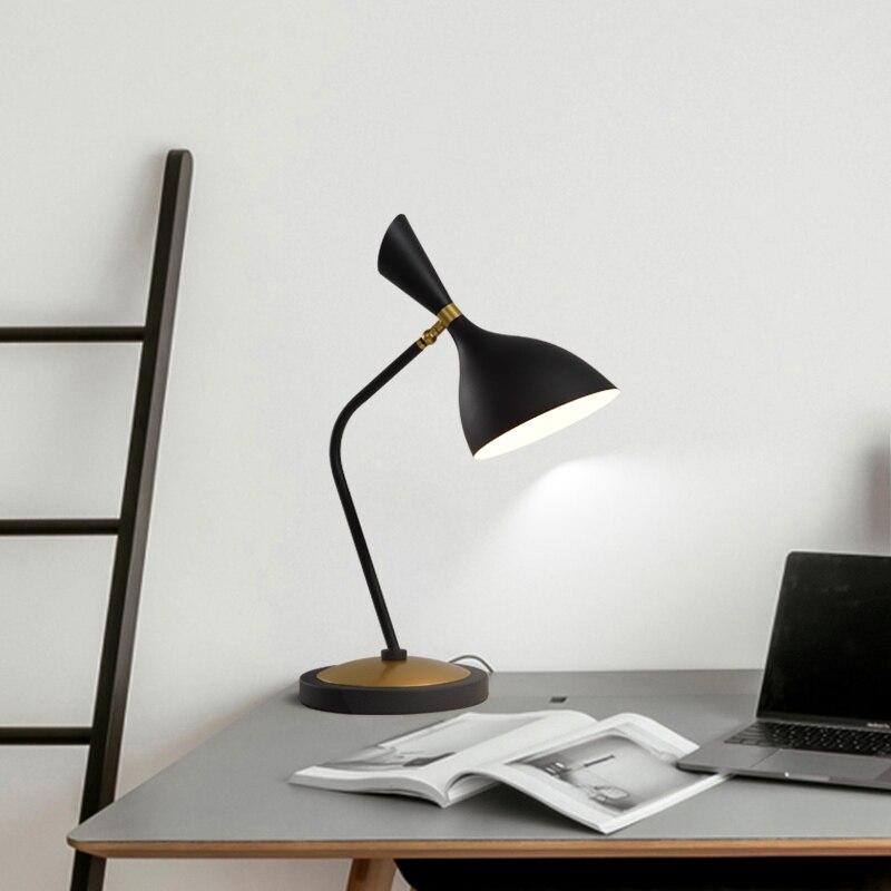 Nordic дизайнерские Современные настольные лампы Простой гостиная спальня грибной головкой ночники