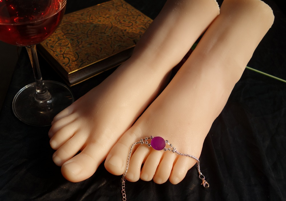 Free shipping 24cm 39 Silicone Female Fake Foot Inner Bone Inside Toe Move Freely Feet Model