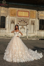 Gorgeous 2019 Wedding Dress Lace Ball Gown Scoop Neck Appliques Long Sleeves Beading Flower Court Train Button Back Bridal Gown купить дешево онлайн