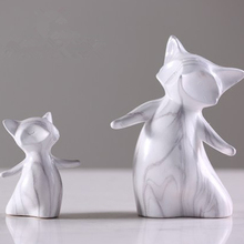 Nordic Style Marble Color Fox Statue White Ceramic Desktop Display Animal Sculpture Home Decoration Ornaments Figurine 130