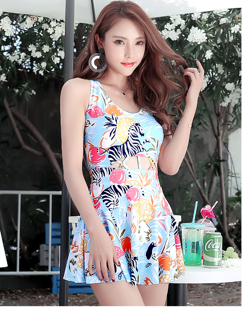 One Piece Swimsuit Lady Bikini 2017 May Beach Girls One-Piece Covering Skirt Korean New Costume Da Bagno Donna Fato De Banho 2017 may beach halter bikini one pieces indoor asian swimsuit miley cyrus costume departure beach black swimsuit seafolly
