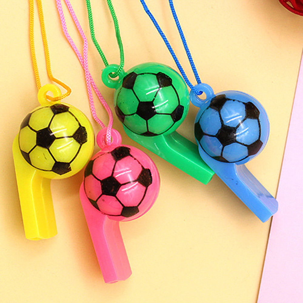 1 Stücke Fußball Fußball Oder Lächelndes Gesicht Pfeife Cheerleading Spielzeug Für Kinder Kinder Kunststoff Pfeifen Spielzeug Mit Seile