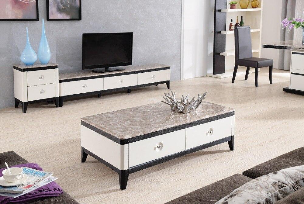 Lizz eigentijdse witte woonkamer meubels salontafel en tv staan