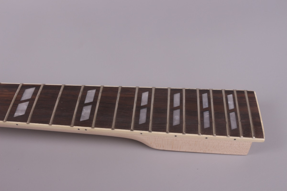 unfinishede electric guitar neck 22 fret Locking nut 628mm mahogany made and rosewood fingerboard 003# unfinishede electric guitar neck 22 fret locking nut 628mm mahogany made and rosewood fingerboard
