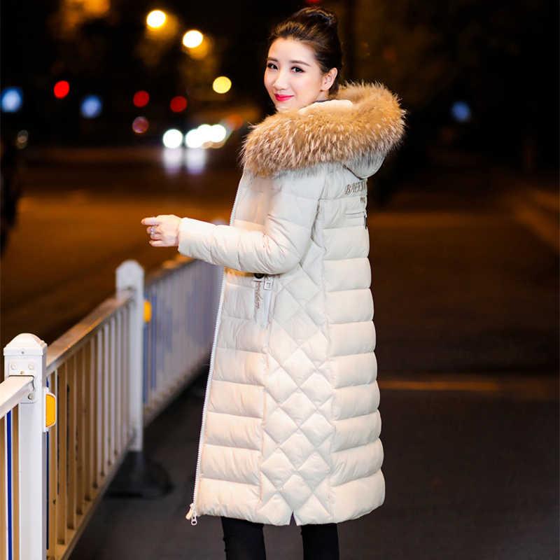 Fêmea Longo Casaco de 2018 Casaco de Inverno Gola De Pele Falsa Mulher Parka Outerwear Para Baixo Casaco de Inverno Quente Casaco bordado Revestimento Das Mulheres