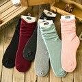 2017 moda de Nueva Otoño Invierno de Color Caramelo Calcetines de Algodón de Corea Personalidad Mujeres Calcetines suaves calcetines calientes Al Por Mayor
