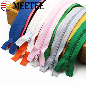 10pcs/lot Nylon Zippers High quality Mix Color 3# 20cm Nylon Coil close-end Zippers Tailor Sewing Tools Garment Accessories A4-4
