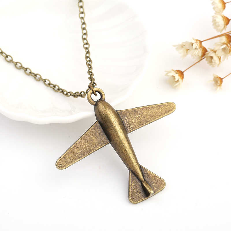 Gold rilver Gun Black Plane Necklace Airplane Pendant Necklace Aircraft Chain Layered Necklace For Women Tiny Dainty Jewelry