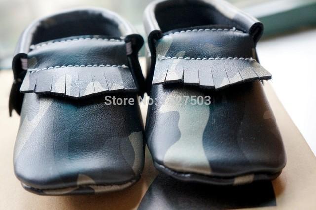 Envío gratis 1 par de Camuflaje Cuero Genuino Mocasines Bebé antideslizantes inferiores Zapatos de Bebé Primer Caminante Bebe recién nacido soft zapatos