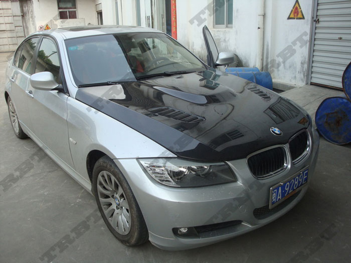 09-12 BMW E90 Vrs Style Carbon Fiber Hood