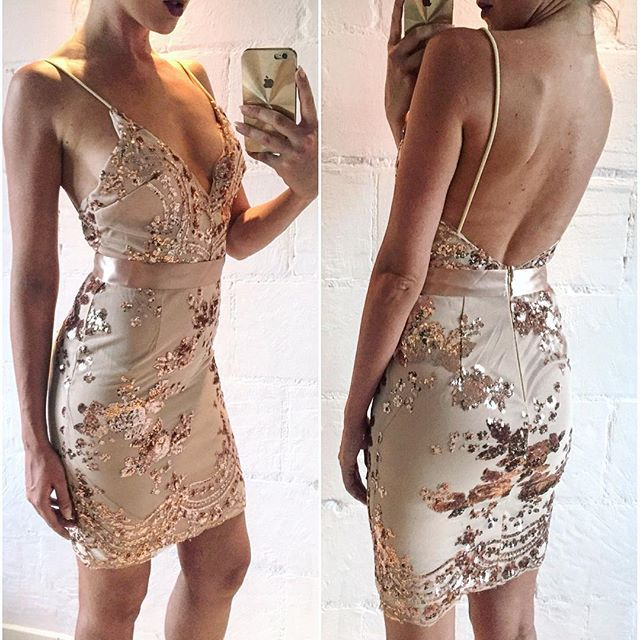 Matilda Rose Gold Sequin Mini Dress For Celebrations Parties Dress Elegant  Sexy V Bodycon 2016 Beach Dress Summer Mesh Vestidos 4fc1e0c3a0
