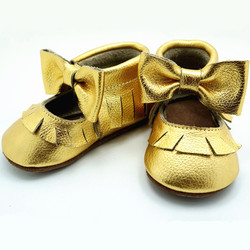 Genuine Leather Baby Moccasins hand-made fringe and bow First Walkers newborn indoor Baby Shoes