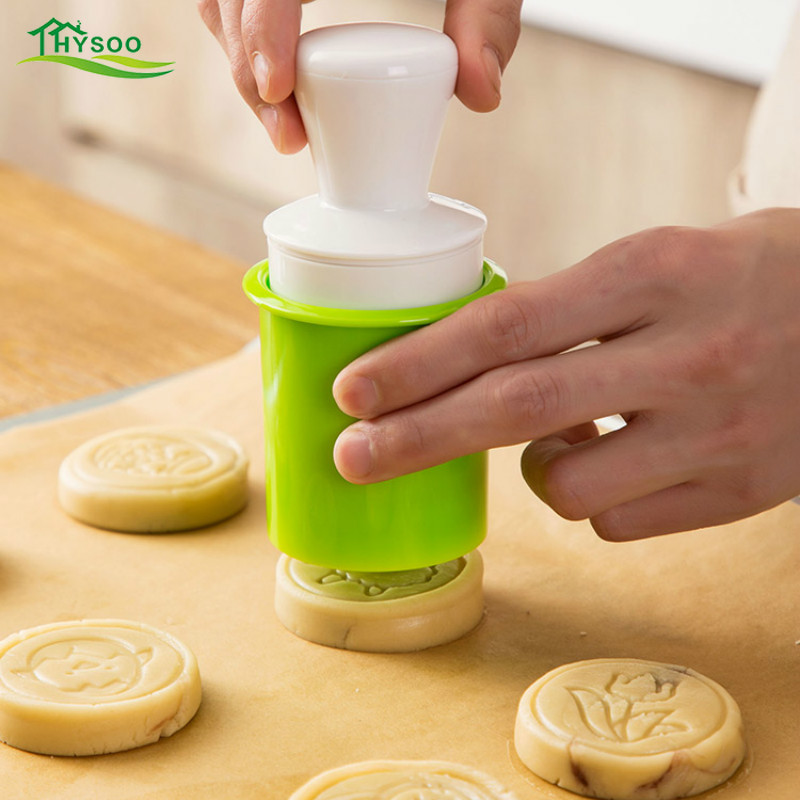 Hand-pressed moon cake mold silicone baking tools home integrated non-stick green bean cake embossed abrasive image
