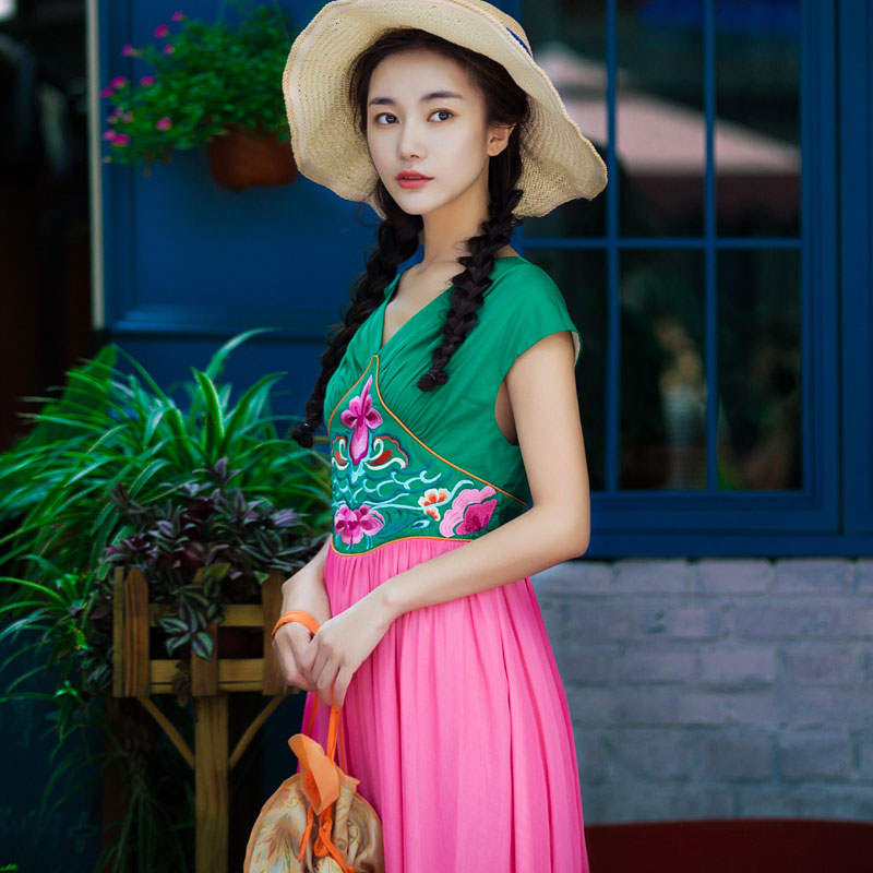 LYNETTE'S CHINOISERIE Red smoke green national embroidery trend women's 2017 summer color block embroidered one-piece dress