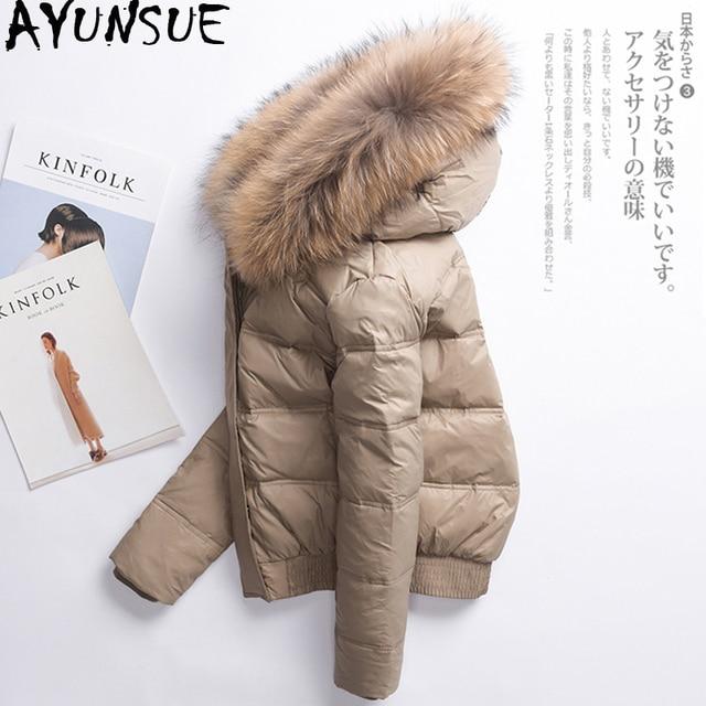 Ayunsue女性の冬ダウンジャケット女性フード付きショート韓国フグコート女性リアル毛皮の襟ダウンジャケットabrigo mujer KJ725