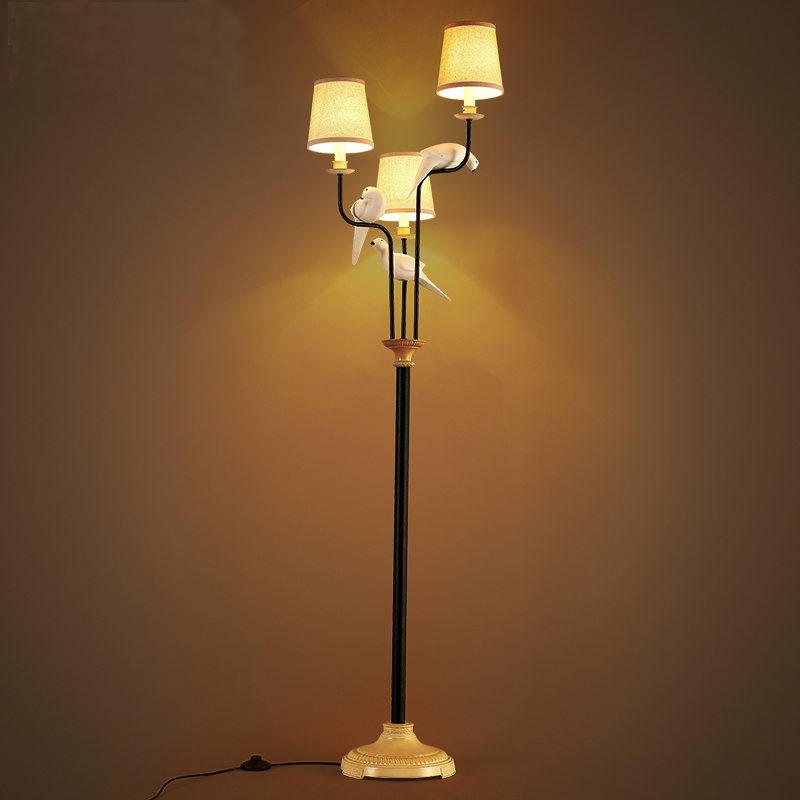 Nordic modern minimalist bird floor lamp living room bedroom study cloth garden Mediterranean floor light wl491458 цены