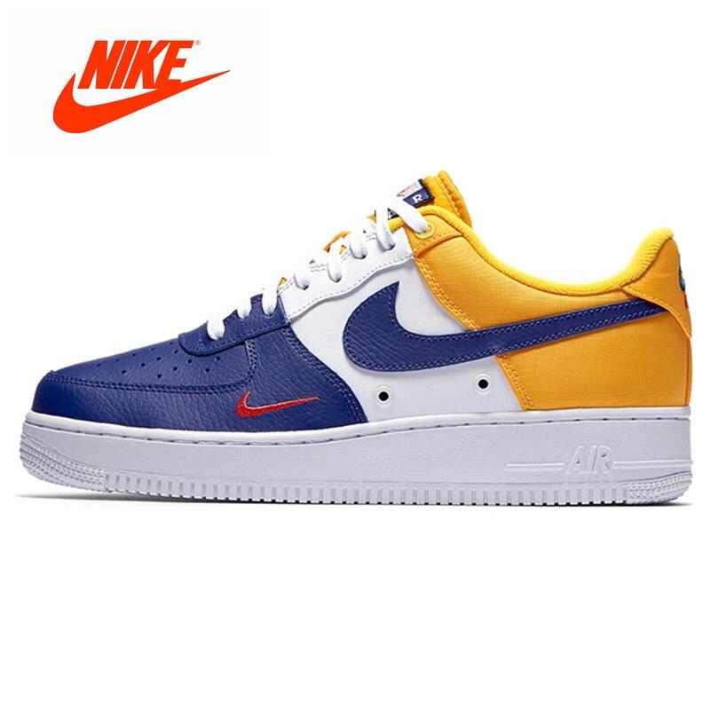 Ufficiale Originale Nike AIR FORCE 1 07 LV8 AF1 Cuciture Piccolo Gancio Da Skateboard Scarpe da Skateboard Uomo Scarpe Da Ginnastica 823511- 404