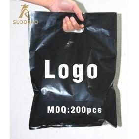 500 pcs custom logo shopping handle plastic bag/gift plastic packaging bag for garment/clothing/gift printed LOGO promotion ba