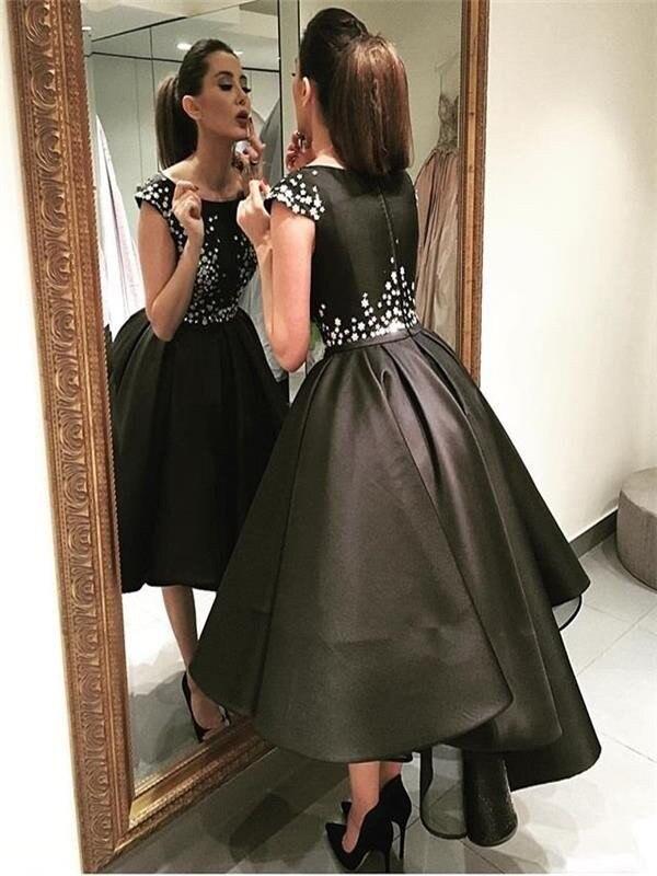 Платья вечерние черные классические