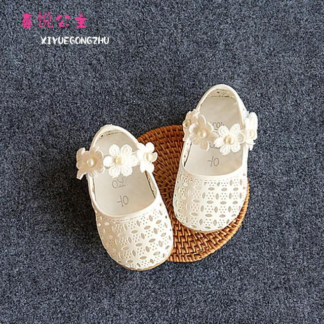2016 Spring Autumn New Shoes Flower Cluster Hollow Baby Toddler Shoes Children Leather Flat Princess Girls Sandals Firstwalker