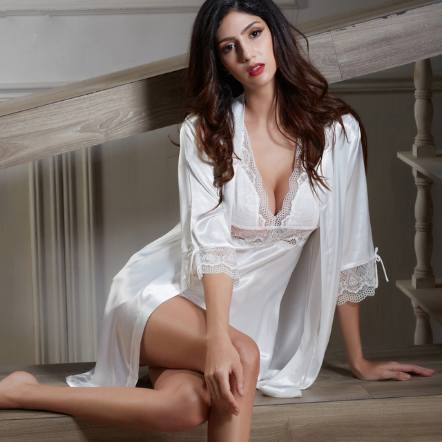 XIFENNI Brand Female Bathrobes Emulation Silk Women Nightdress Two-Piece White Princess Silk Satin Lace Nightgowns 6621