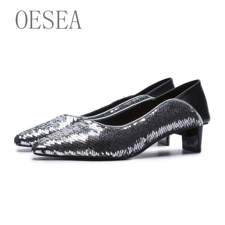b63929b8 Simple De La Plata Y Mujer Personalidad Americana Cómodo Transpirable  Europea Caliente 34 Zapatos 39 Lentejuelas 2019 Moda HqFWT