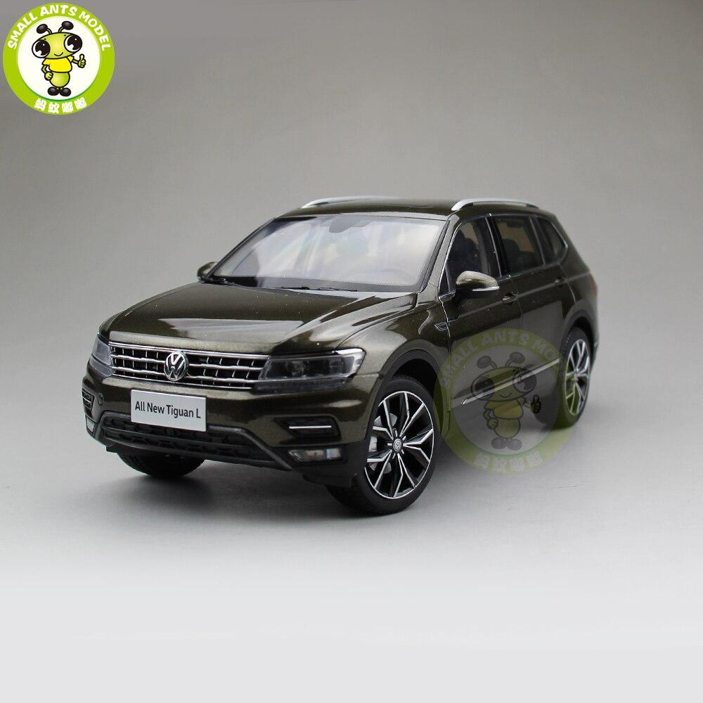 Volkswagen Tiguan L 2017 car model in scale 1:18 brown