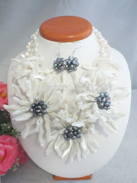 Free shipping Beautiful Handmade Shell Flower Necklace fit Wedding Jewelry MN 3659
