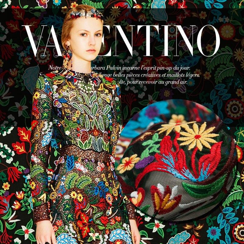 Tissu de mode de Couture de maille noire, vogue sexy, broderie florale colorée, sculpture, coudre pour le haut, jupe, robe, artisanat par la cour