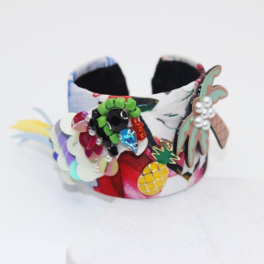 Custom color cloth wrapped flowers and birds type coconut beach fashion bracelet pineapple simple bracelet 079