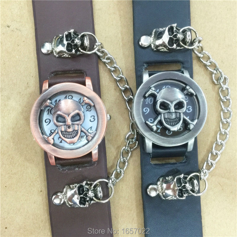 Unisex Fashion Punk Skull Women Man Bracelet Retro Wristwatches Men Skull And Crossbones Leather Bracelet  Clamshell Watches