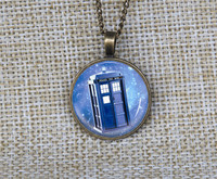 Wholesale Personalized Doctor Who Tardis Space Necklace Custom Words Pictures Pendant Dr Who Police Box Tardis