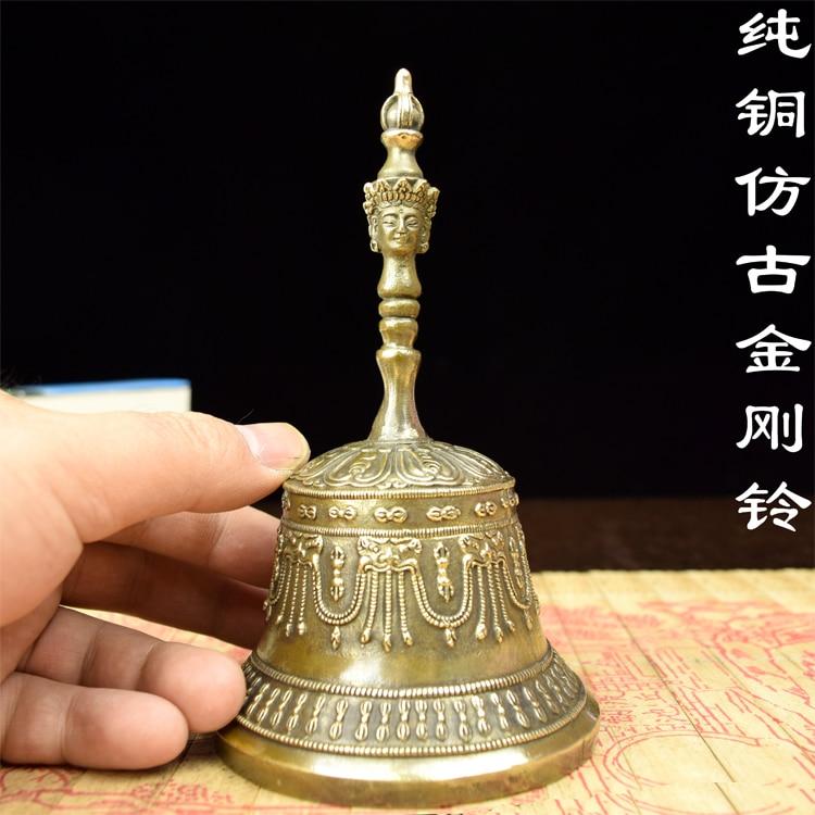 Cloche en cuivre instruments en laiton antique évocation des ornements rituels taoïstes Tantra Vajra