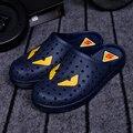 Nuevo 2016 hombres resbalón en los zapatos zuecos jardín sandalias de verano zapatillas de playa a pie, además de zapatos de tamaño 39-45