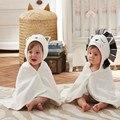 2017 new retail 1 unid la primavera al invierno de dibujos animados towel 100% león y el gato bebé de algodón lindo suave y cómodo baño towel trq0254