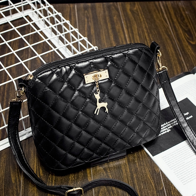 2016 new female bag quality pu leather soft face women bag wild shoulder messenger bag Quilted shell bag pendant cute deer
