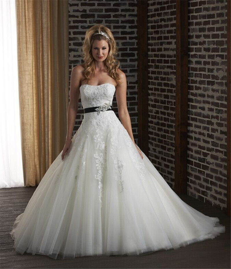 Online Shop 2015 Vintage Crystal Sash Lace Wedding Dresses New A ...