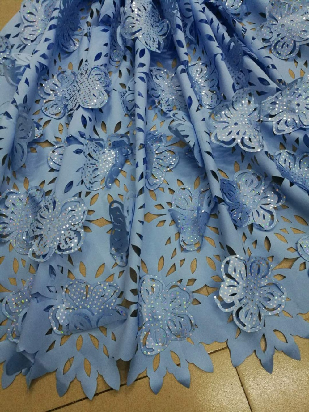 African Lace Fabric 2019 High Quality Lace French Burning flower 3D Fabric Stones Nigerian Tulle Lace Fabrics For Woman Dress